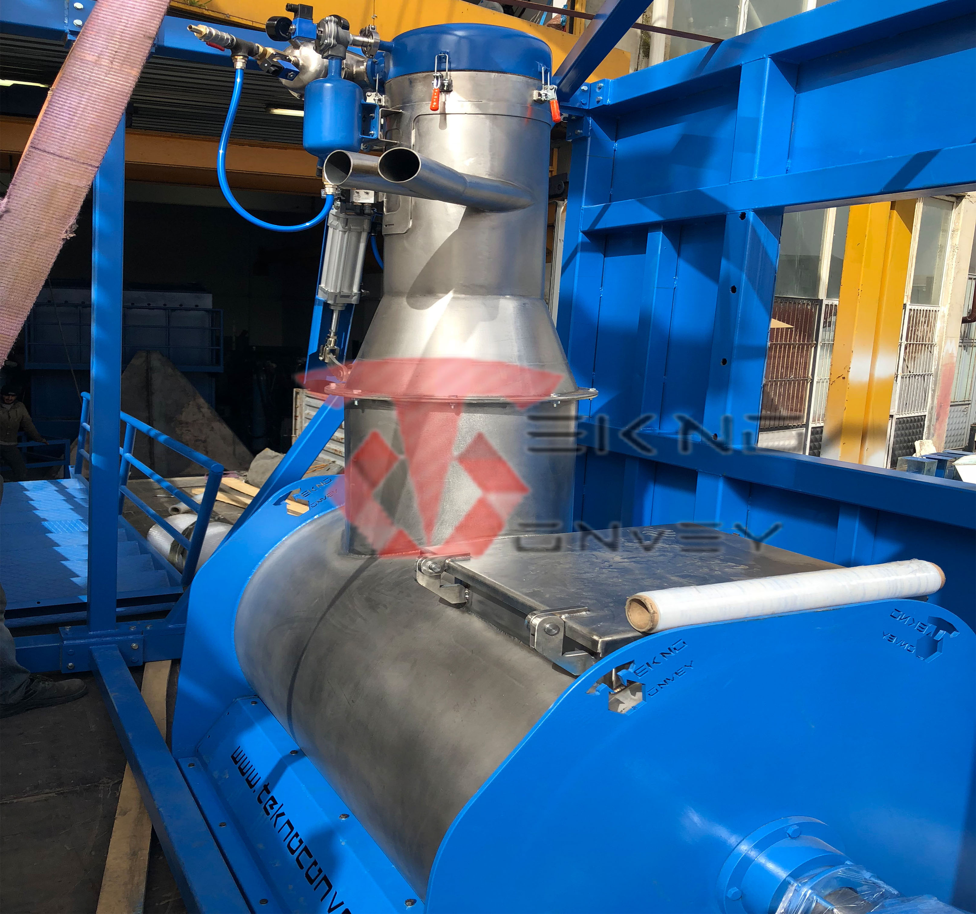 Vacuum Conveying and Mixer